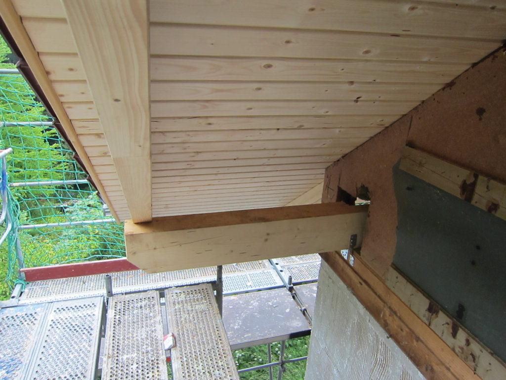 Dachstuhl Verlängerung am Ortgang