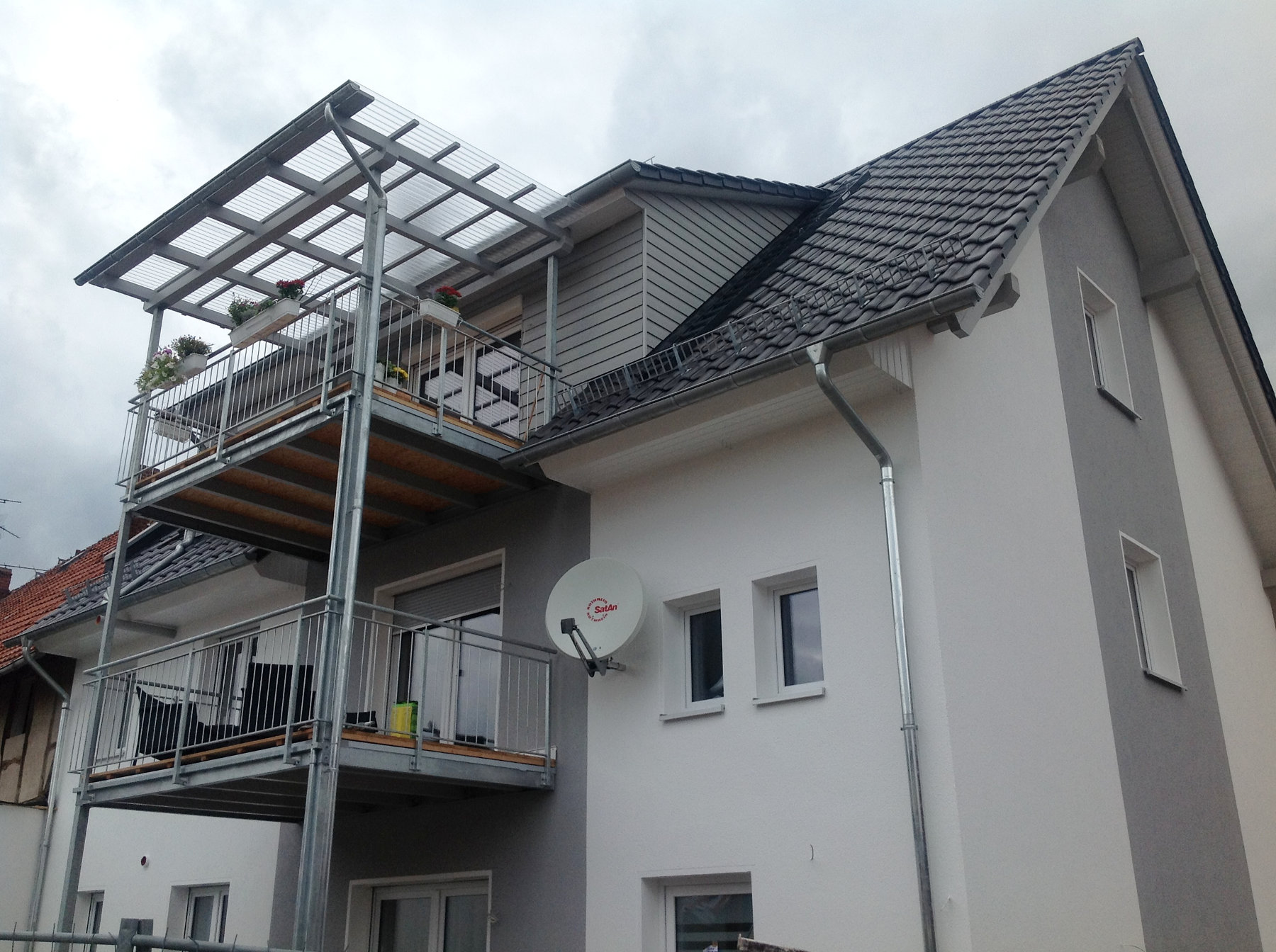 balkone erneuern anbauen wohnung mit balkon g ttingen holzbau bedachungen uwe klingebiel. Black Bedroom Furniture Sets. Home Design Ideas